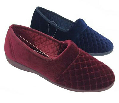Ladies Slippers Grosby Marcy Navy or Wine Size 5-11 New Winter Slipper