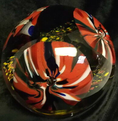 Large Red Trumpet Flowers Paperweight Bubbles 4 3/8'' Wide 3 3/8'' High  3# 5 oz