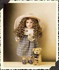 BOYDS DOLL * NICOLE with BUZZ * SWEETER than HONEY