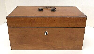 A Fine French 19th Century Maple Burlwood W/ Mother Of Pearl Inlaid Tea Caddy