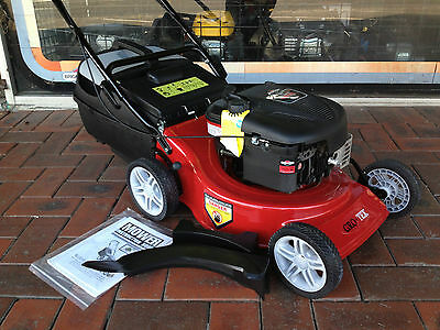 briggs and stratton 625EX series 5hp MULCH AND CATCH  lawn mower 4 stroke