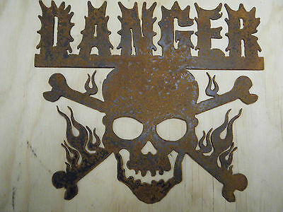 FREE SHIPPING Rusted Metal Danger with Skull and Cross Bones Sign Wall Hanging