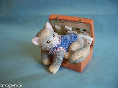 "Enesco Calico Kittens"" A Hug a Day Packs your Troubles Away""   Briefcase"