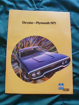 Nice 1971 Chrysler-Plymouth All Color Sales Brochure With Fantastic Muscle Cars