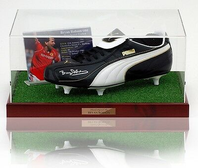 BRYAN ROBSON Hand Signed Boot MANCHESTER UNITED AFTAL photo proof COA