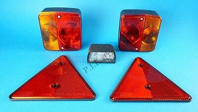 Trailer Rear Lighting Kit with Triangle Reflectors & Number Plate Lamp