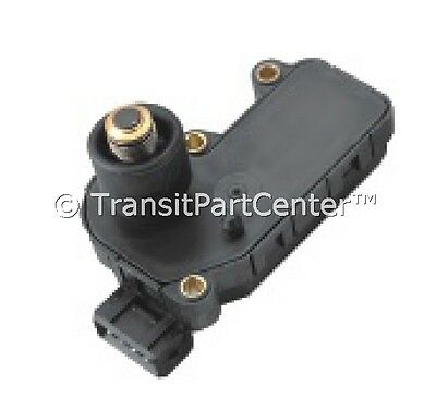 Air By Pass Valve Idle Speed Control Stepper Motor Volvo 440 / 460 3345231