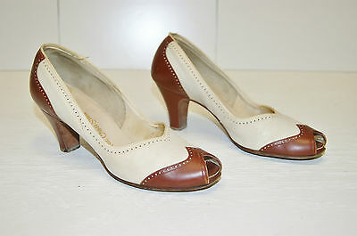 "Vintage 30's 40's ""Spectator"" Oxford Leather Pumps Shoes by Red Cross - Size 8AA"