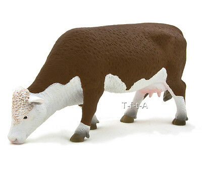 FREE SHIPPING | Mojo Fun 387067 Hereford Cow Grazing Replica - New in Package