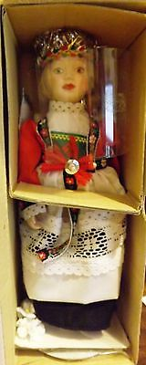 The Danbury Mint Doll Brides of the Kristen Of Norway In Box With COA