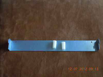 0030300200R: HD024 Hoover Admiral F&P Kleenmaid Dryer Wall Bracket