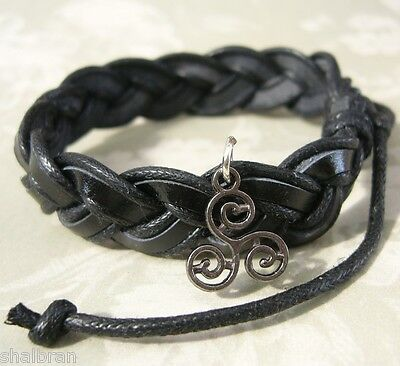 TW Teen Wolf Inspired Triskele Triskelion Tattoo Charm Black Leather Bracelet