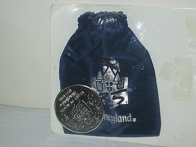 Disneyland Resort 35 Years Of Magic Commemorative Collector Coin In Pouch  '95