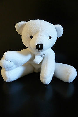 E- Doudou Peluche Yves Rocher Ours Blanc 14 Cms Assis Echarpe Flocon - Tbe 9cb51cced28