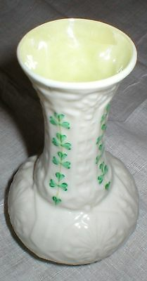 "BELLEEK ""SHAMROCK"" PORCELAIN VASE GREEN MARK 1944 TO 1955, IRELAND"