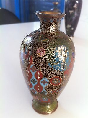 Fine Antique Japanese Cloisonne Vase , Ca.1890 , Gold wired !!