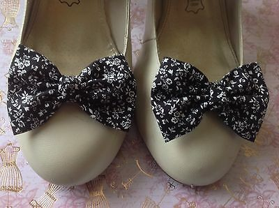 Black White Floral Cotton Fabric Shoe Bow Clips Vintage Style Handmade