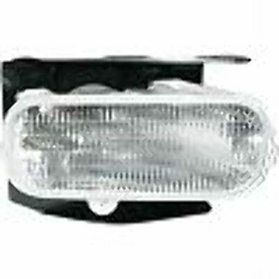 Fits 99-02 Ford Expedition 99-02 Lincoln Navigator Right Pass Fog Lamp w/bracket