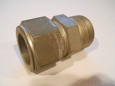 "New Swagelok 1-1/4"" Steel Male Connector Fitting, Tube to NPT, S-2000-1-20"