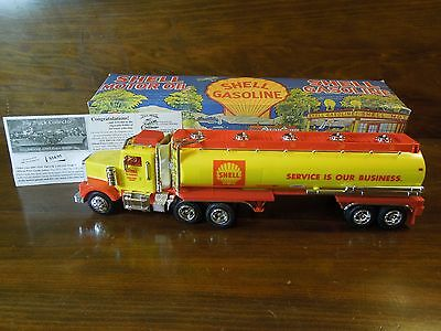 Vintage 1997 Lube Oil Legends #2 Shell Oil Company Tanker Truck #0954 With Box