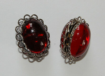 VINTAGE 2 DOUBLE SIDED RUBY RED GLASS OVAL PENDANT BEADS 13x 18mm SILVER SET