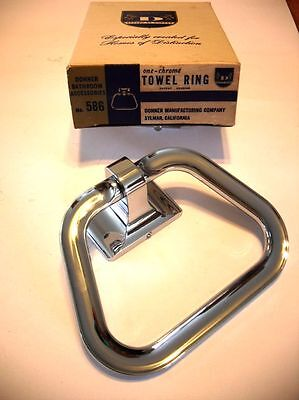 Vtg NOS Heavy CHROME Towel Ring Holder Stirrup hanger style Bathroom Donner Mfg