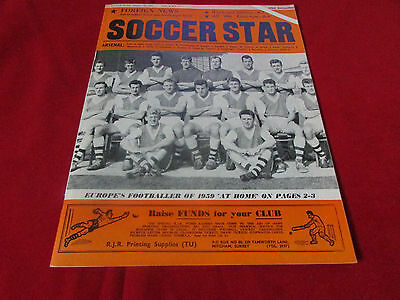 SOCCER Star Magazine  ARSENAL  Team Picture on Cover   16/01/60