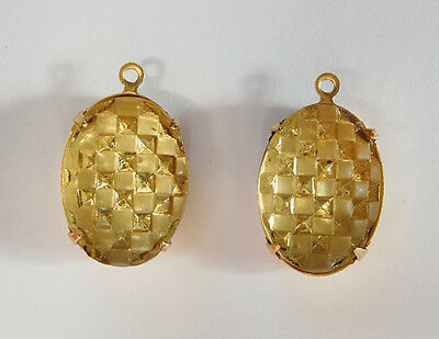 VINTAGE 2 JONQUIL CHECKER BOARD WOVEN PATTERN GLASS OVAL PENDANT BEADS 13x 18mm