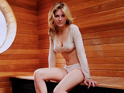 Kirsten Dunst 8X10 Glossy Photo Picture