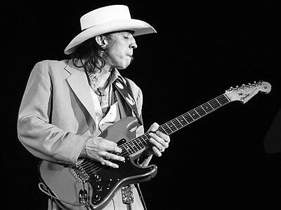 Stevie Ray Vaughan 8X10 Glossy Photo Picture