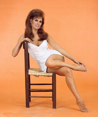 Raquel Welch 8X10 Glossy Photo Picture Image #4