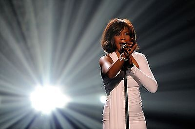 Whitney Houston 8X10 Glossy Photo Picture Image #2
