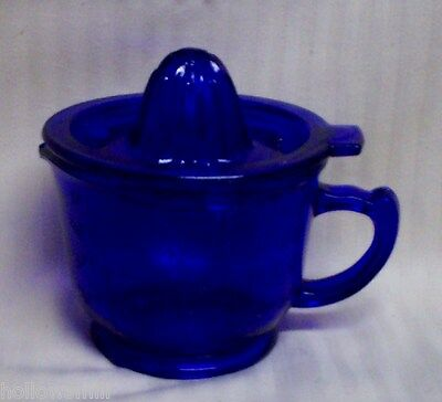 COBALT BLUE GLASS 2 CUP MEASURING CUP W/ REAMER / JUICER