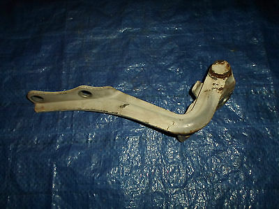 Toyota Landcruiser bonnet hinge 75 78 & 79 series Utes & Troop Carriers RH 2156