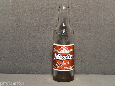 PAINTED LABEL SODA BOTTLE CROWN TOP MOXIE NEEDHAM HEIGHTS MASS