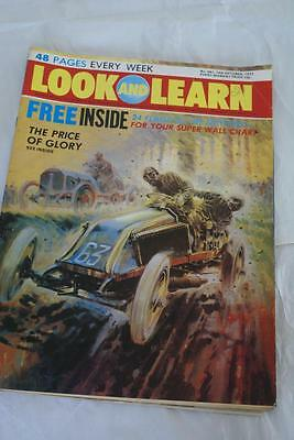 LOOK & LEARN No 561. 14 October 1972. 24 Flags/Mighty Zambezi/Forts/