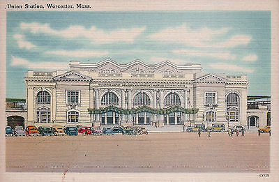 POSTCARD UNION STATION WORCESTER BOSTON MA OLD CARS