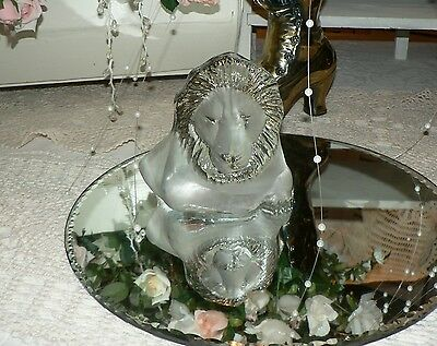 Vintage VIKING Hand Made Carved Glass Lion Figure/Paperweight/Bookend *EUC