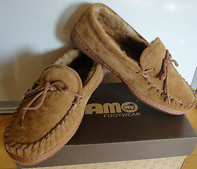 NIB MEN'S SLIPPERS LAMO SUEDE MOCASSINS SLIPPERS CHESTNUT Size 8 9 10 11 12 & 13