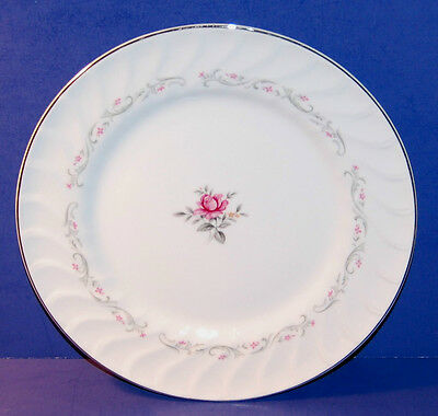 SET OF 3 FINE CHINA OF JAPAN 109 ROYAL SWIRL PATTERN BREAD & BUTTER PLATES (22-D