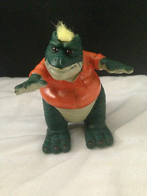 Disney Dinosaurs TV Series Action Figure : Earl With Yellow Mow-hawk - Used #D01
