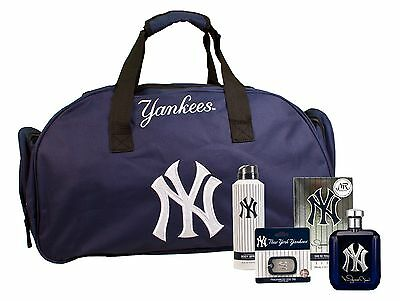 NY Yankees Autographed Mariano Rivera Ltd Edition Cologne Fragrance Package