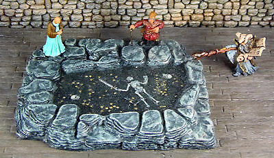 25mm - 32mm Cavern Pool of Gold or Death - Works with Dwarven Forge
