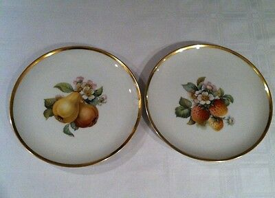"""Hutschenreuther Selb 8"""" Fruit Plates With Gold Trim Bavaria Germany Set of 2"""