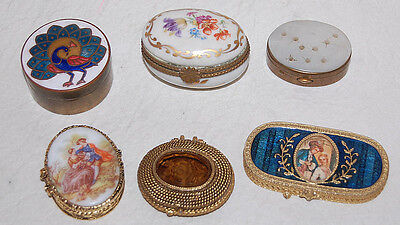 4. A GROUP OF 6 VINTAGE TRINKET BOXES / MAKE-UP CONTAINERS DIFFERENT STYLES