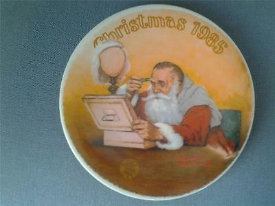 GRANDPA PLAYS CHRISTMAS PLATE NORMAN ROCKWELL 1985 EDWIN KNOWLES +CERT