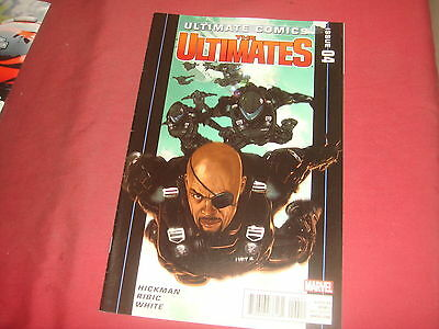 ULTIMATE COMICS : THE ULTIMATES #4 Hickman Marvel Comics 2011 VF/NM