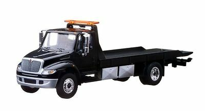 1/64 Greenlight Black 2013 International Durastar 4400 Flatbed