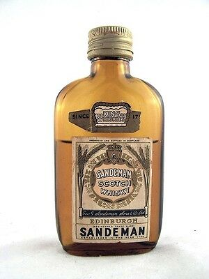 Miniature circa 1969 SANDEMAN Scotch Whisky Isle of Wine