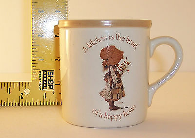~ Holly Hobbie ~ Country Living Earthenware ~ Coffee Cup a Kitchen is the heart